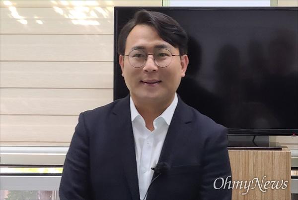유지곤 대저너 사회적협동조합 이사장이 14일 대전시의회에서 대전 서구청장 선거 출마를 선언했다.